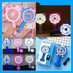 Kipas Angin Genggam Tangan Portable Karakter Lucu Kekinian LED Light Flashlight USB Handheld Mini Fan - Random